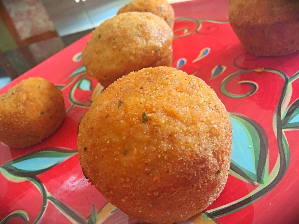 bens-beginners-rice-ball-cupcakes-cooked