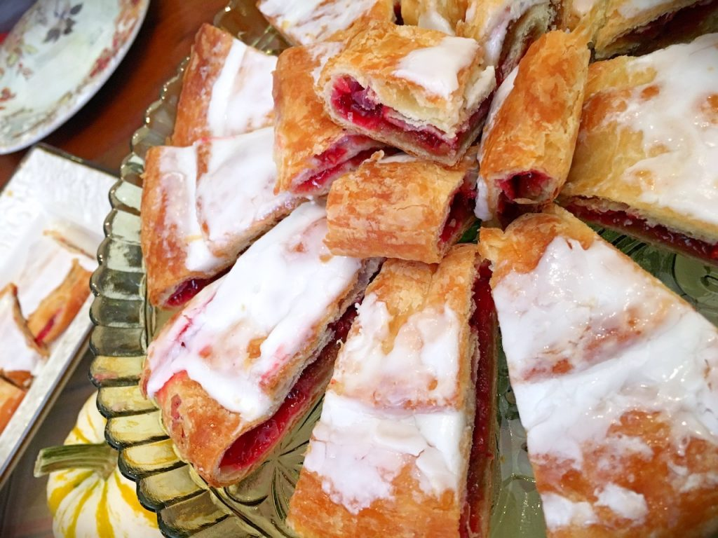 racine-danish-kringle-pastries